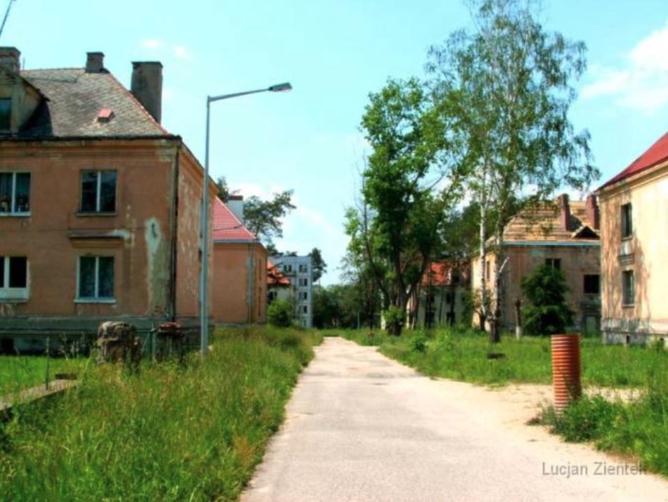 Fragment osiedla Krzywa. 2007 rok. www.fortyfikacje.legnica