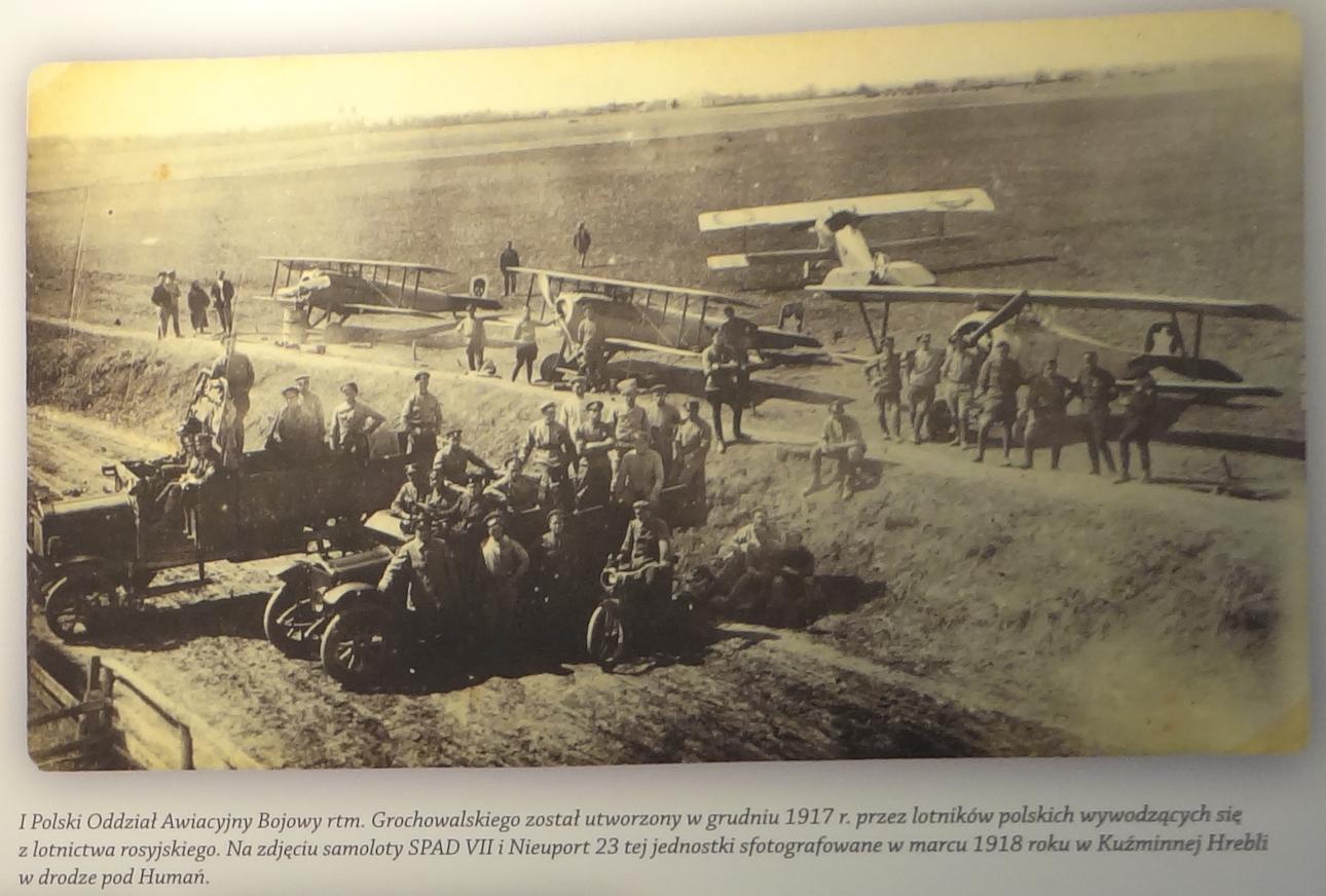 1 Polski Oddział Awiacyjny Bojowy. 1917 rok. Zdjęcie Muzeum Sił Powietrznych