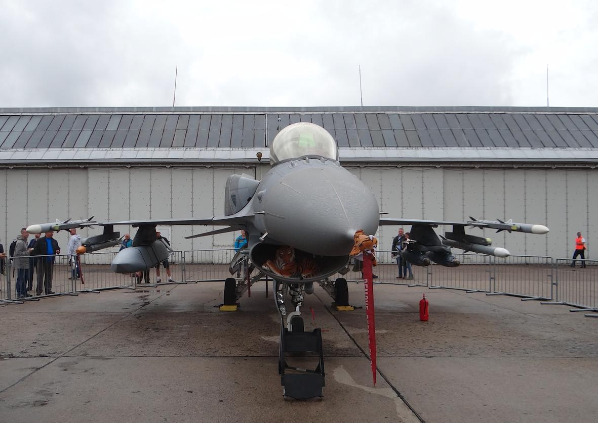 F-16 C nb 4054. 2018 year. Photo by Karol Placha Hetman
