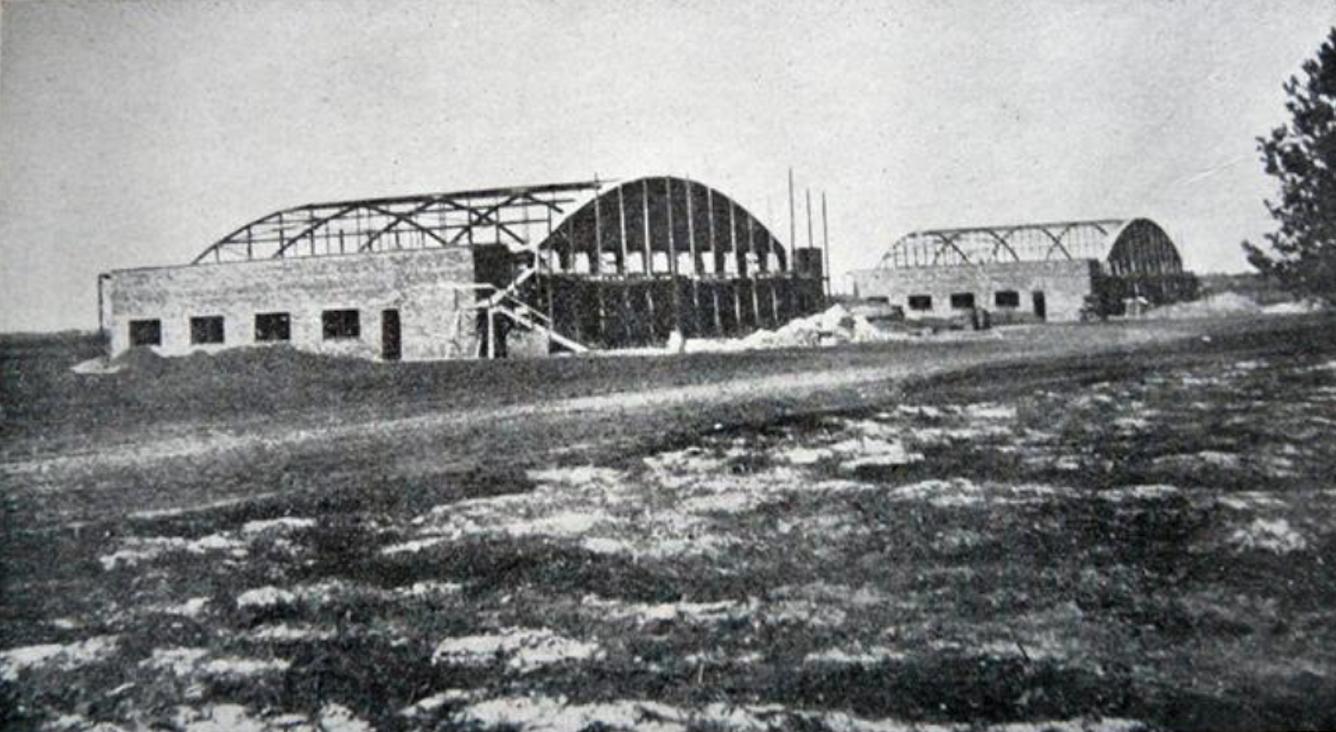 Construction of two hangars of the Pilot School. Świdnik 1938.