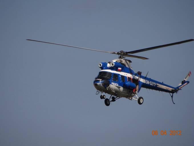 Policyjna Kania rejestracja SN-52KP nad Jeziorem Niegoci. 2012r.