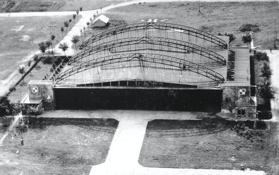 Hangar Stelli-Sawickiego. Zdjęcie LAC