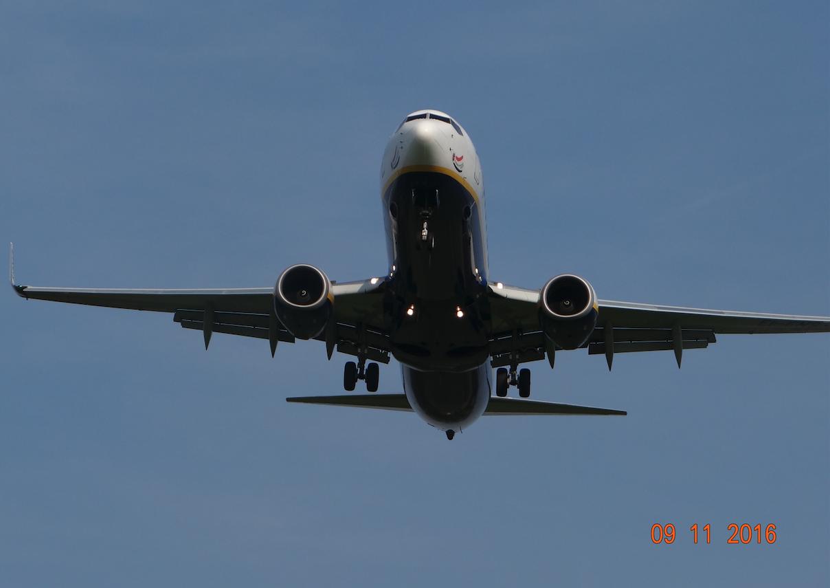 Boeing B.737-800 lands in Balice. 2016 year. Photo by Karol Placha Hetman