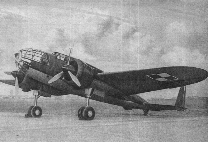PZL-37 B Łoś. Airport Okęcie 1938. Photo of LAC