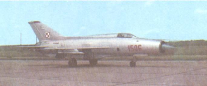 MiG-21 PF nb 1506 na lotnisku. 1966r.
