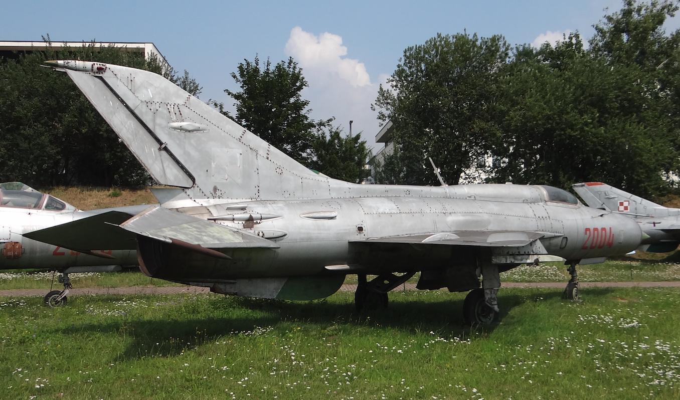 MiG-21 PF nr 762004 nb 2004. Czyżyny 2019 rok. Zdjęcie Karol Placha Hetman