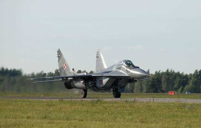 MiG-29 nb 65 nr 26365 zakupiony w 1990r. Litwa 2012r.