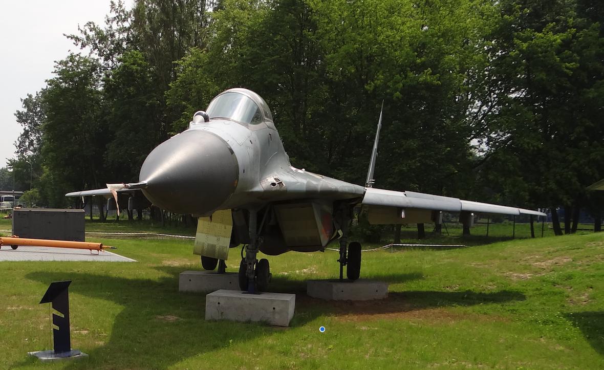 MiG-29 nb 4109. Dęblin 2012 rok. Zdjęcie Karol Placha Hetman