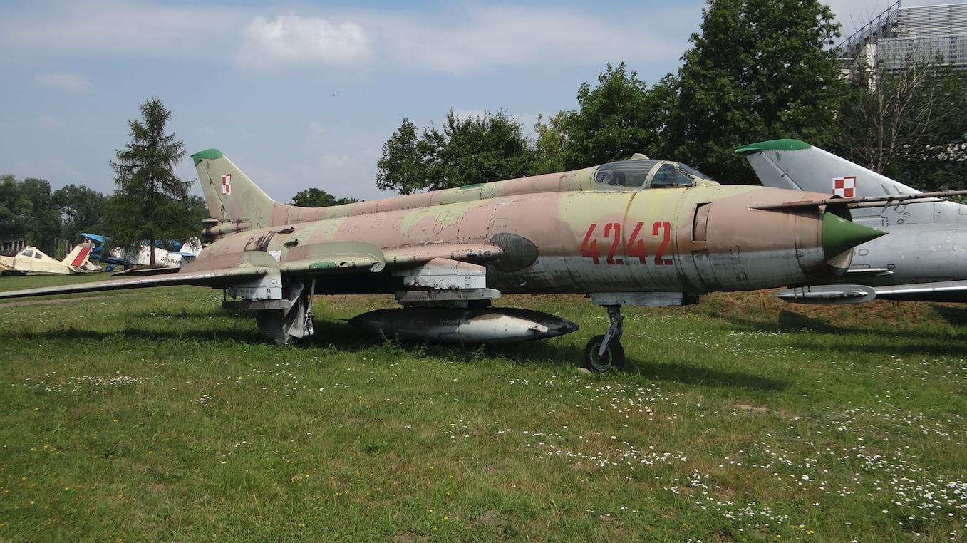 Su-20 nb 4242. Kraków 2019 rok. Zdjęcie Karol Placha Hetman