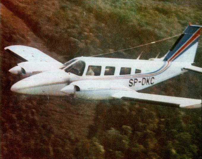 PA-34 Seneca II rejestracja SP-DKC. 1980r.