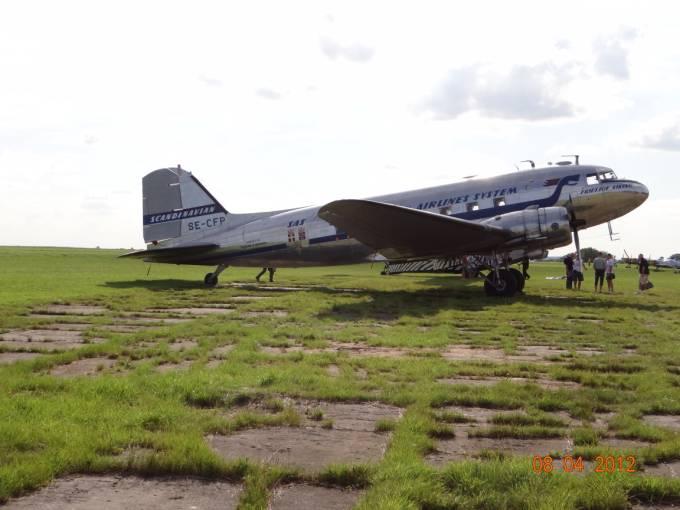 DC-3 rejestracja SE-CFP Lotnisko Wilamowo 2012r.