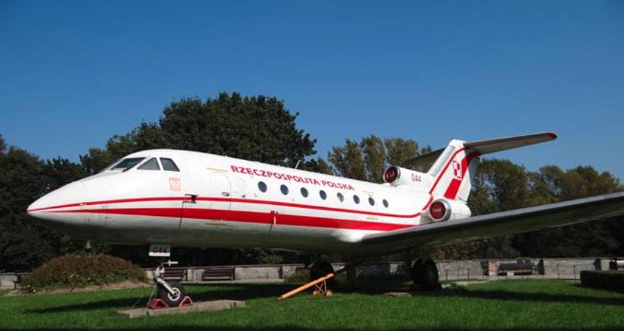 Jak-40 nb 044 Muzeum Wojska Polskiego Warszawa 2012 rok. Zdjęcie Karol Placha Hetman
