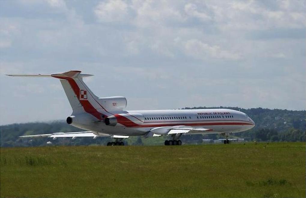 Tupolew Tu-154 M Lux nb 101 Lotnisko Balice 2006 rok. Zdjęcie LAC