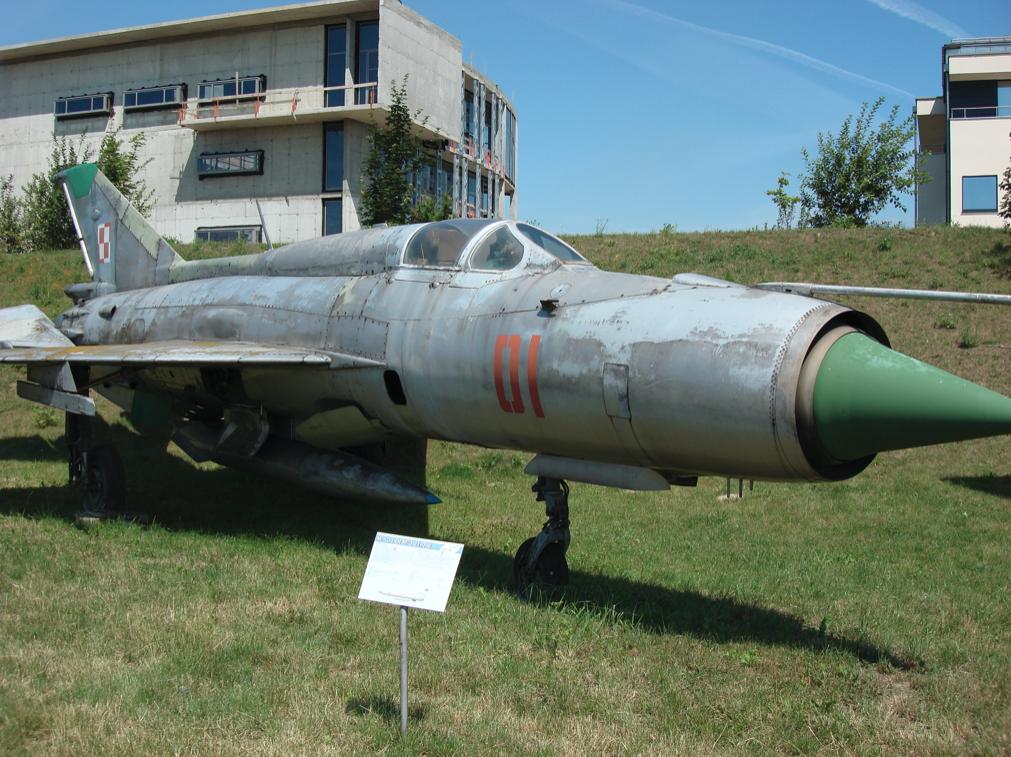 MiG-21 PFM nb 01. Czyżyny 2007 rok. Zdjęcie Karol Placha Hetman