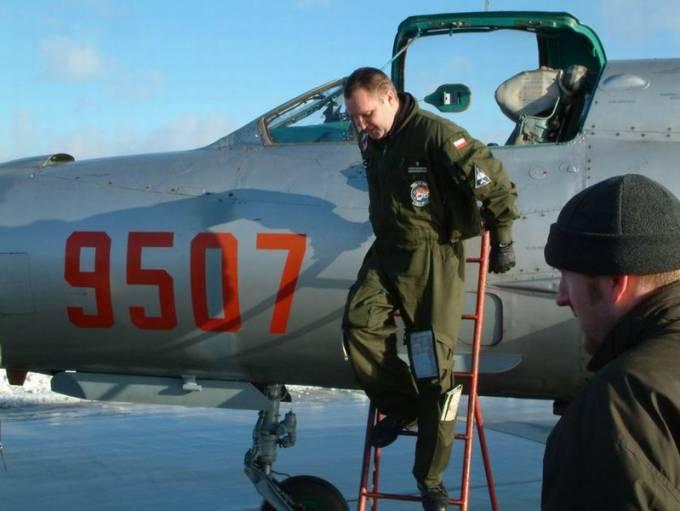 Ostatni lot myśliwca MiG-21 bis nb 9507 w dniu 15.12.2003r.