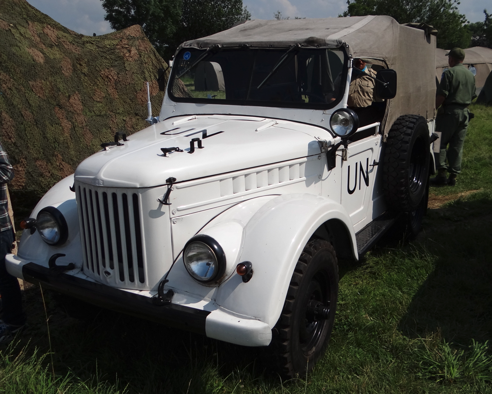 GAZ-69 2-door version, in the colors of peace missions. 2013 year. Photo by Karol Placha Hetman