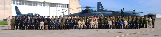 Zmiana dowódcy Litewskiej bazy. Lotnisko w Siauliai 13.08.2012r.