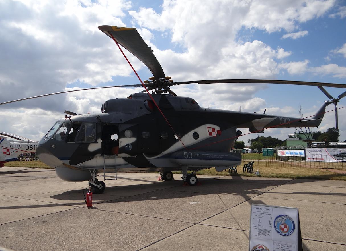 Mil Mi-14 nb 1001. 2013 rok. Zdjęcie Karol Placha Hetman