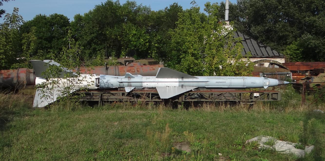 Pocisk rakietowy W-750  systemu S-75. 2012 rok. Zdjęcie Karol Placha Hetman