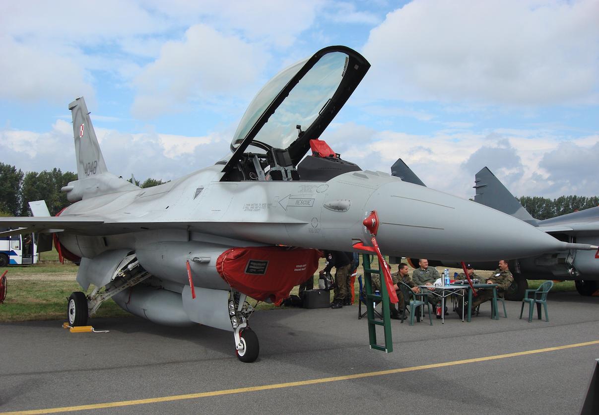 Lockheed Martin F-16 C nb 4048. 2007 rok. Zdjęcie Karol Placha Hetman