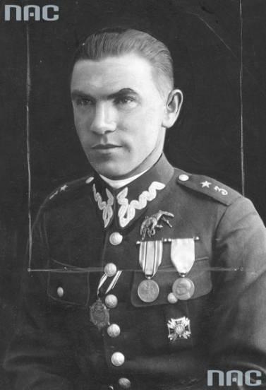 Porucznik obserwator Bronisław Bogucki. Zginął śmiercią lotnika.