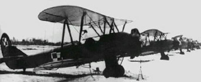 Samoloty typu Po-2 należące do 2 PNB. 1945r.