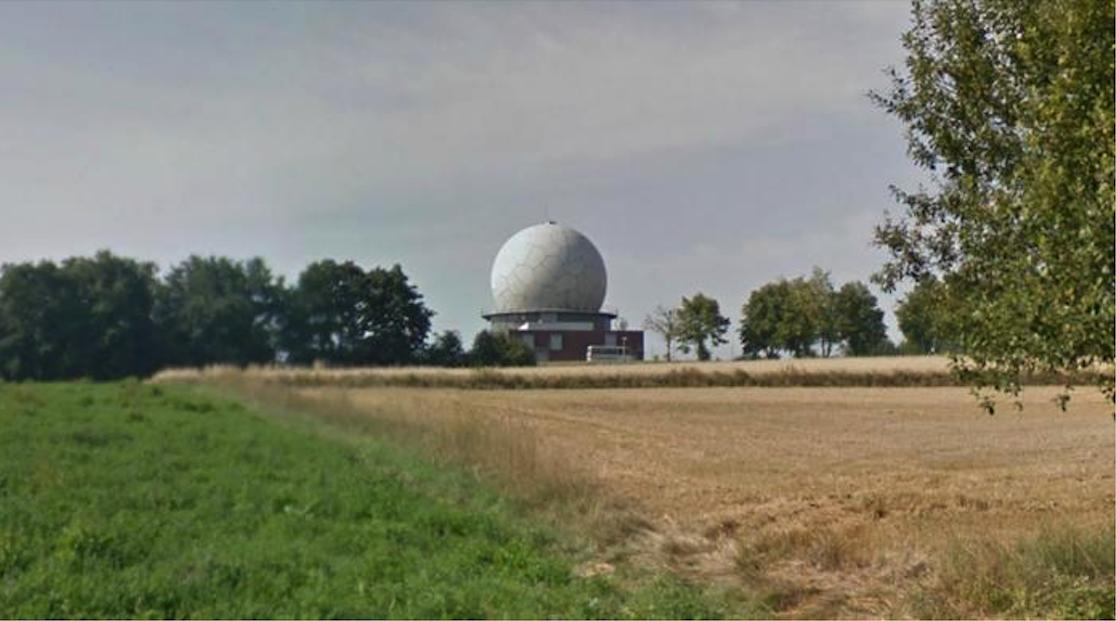 NUR-12 M w pobliżu Krakowa, miejscowość Brzoskwinia. 2014 rok. Zdjęcie Karol Placha Hetman