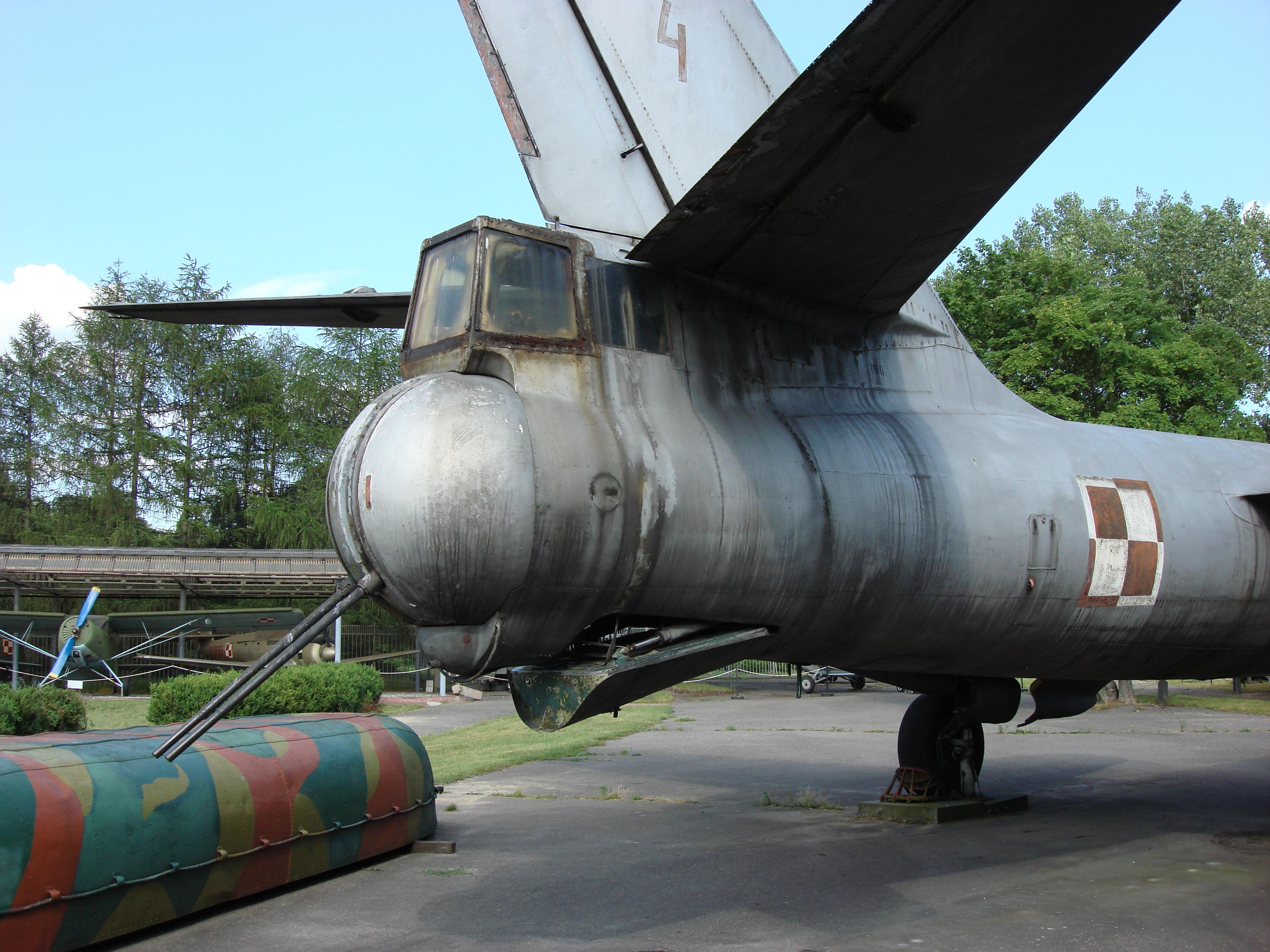 Ił-28 nb 4. Wieżyczka strzelecka. 2007 rok. Zdjęcie Karol Placha Hetman