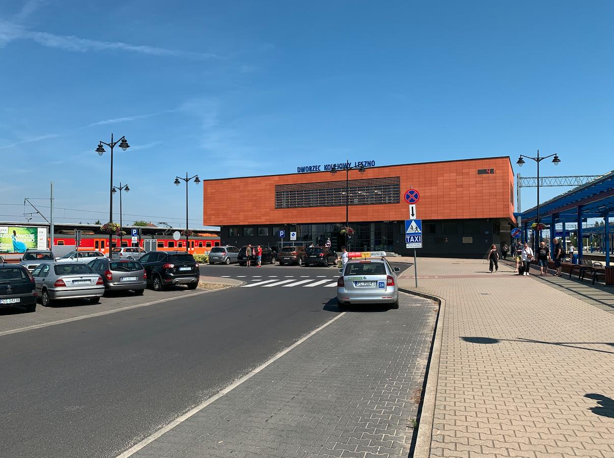 Leszno dworzec. 2021 rok. Zdjęcie Karol Placha Hetman