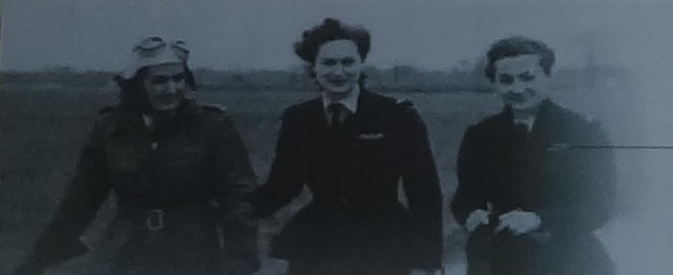 Trzy słynne Polskie lotniczki służby ATA. 1943r. Zdjęcie LAC