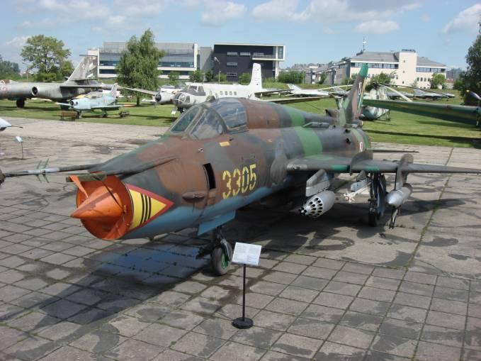 Su-22 M 4 nb 3305 użytkowany w Powidzu. Czyżyny 2009r.