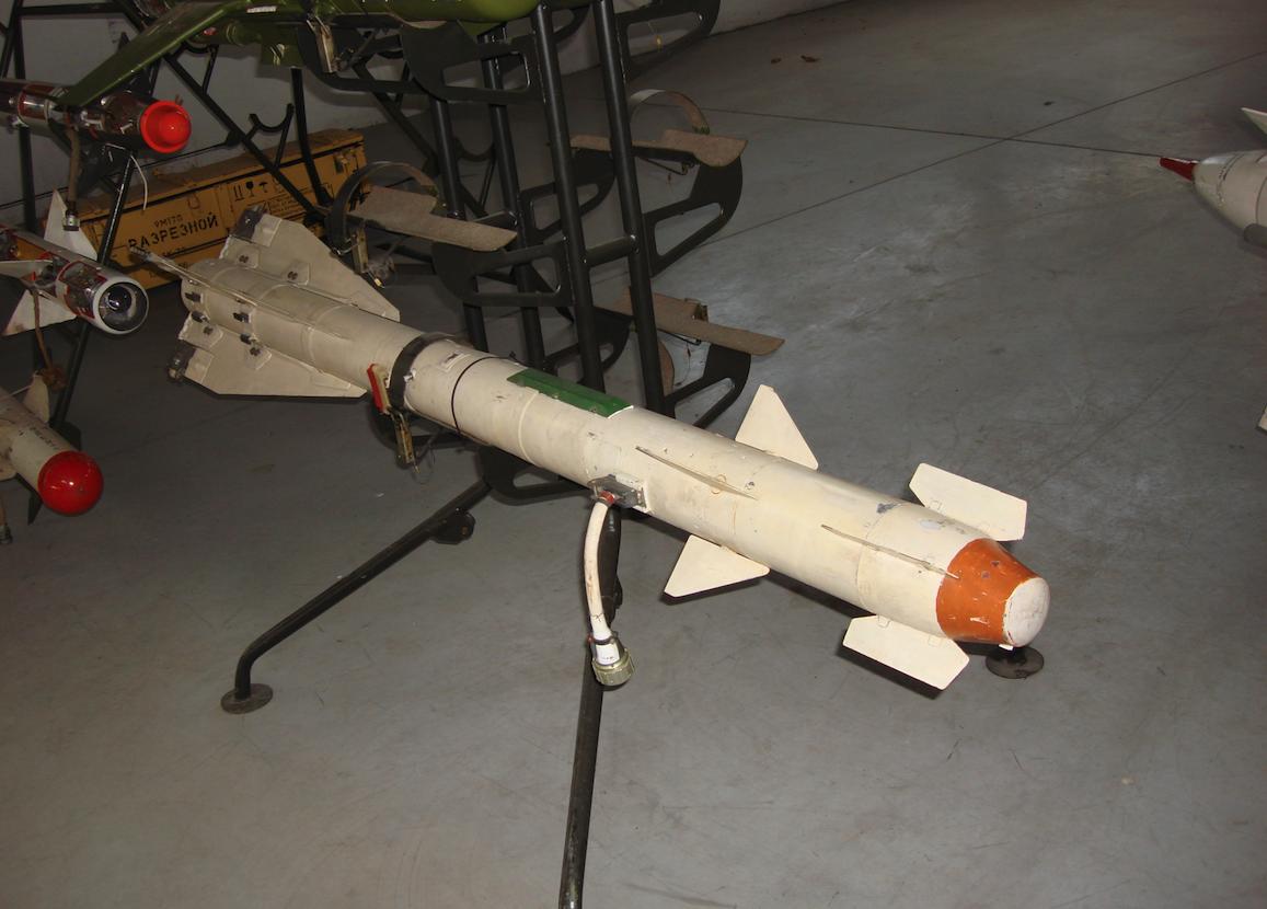Pocisk rakietowy R-60. 2015 rok. Zdjęcie Karol Placha Hetman