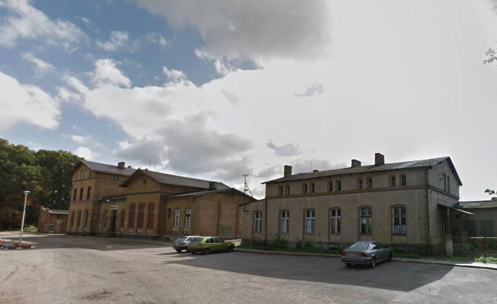 Stacja kolejowa Lipka Krajeńska. 2012 rok. Zdjęcie LAC