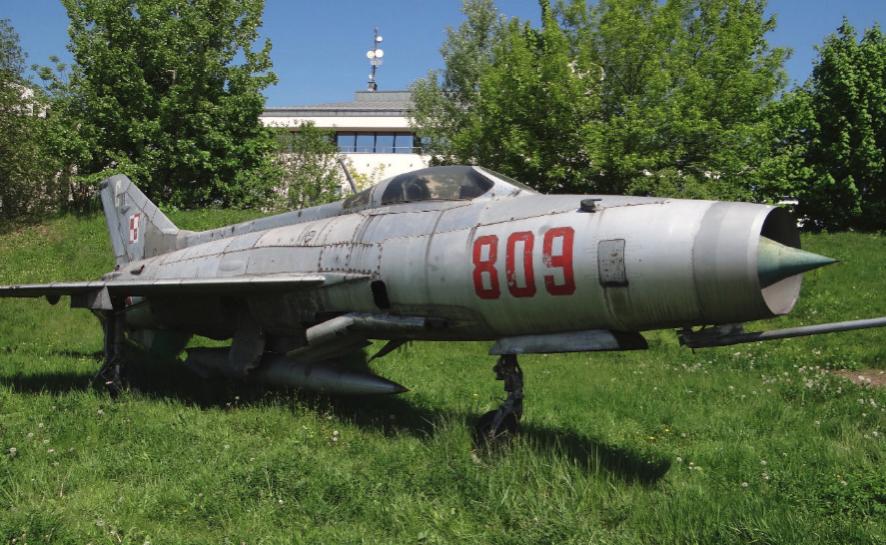 MiG-21 F-13 nb 809 nr 740809. Czyżyny 2014 rok. Zdjęcie Karol Placha Hetman