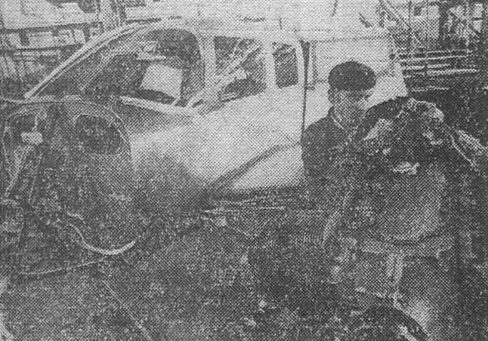 Jedno z nielicznych zdjęć samolotu M-20 Mewa podczas produkcji w PZL-Mielec. 1980r.