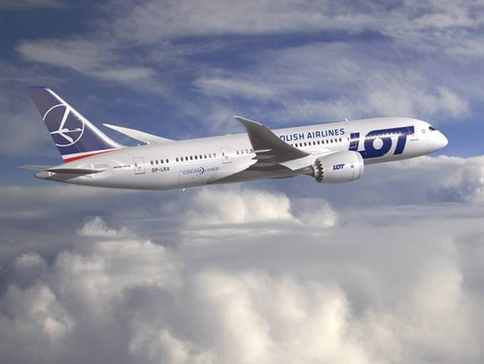 Boeing 787-8 nr 061 rejestracja SP-LRA 2012r.