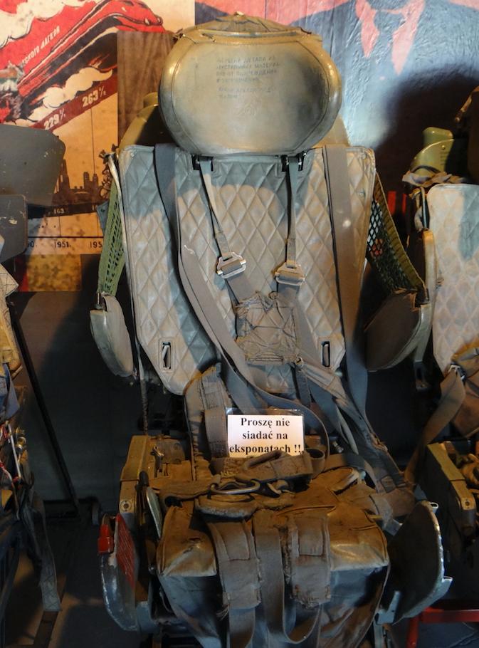 Fotel katapultowy KM-1 używany w MiG-21 M. 2017 rok. Zdjęcie Karol Placha Hetman