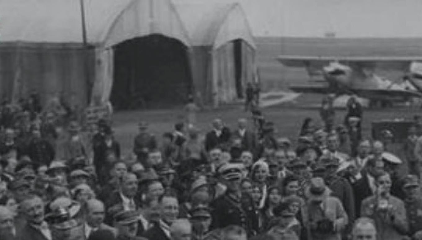 Hangary Bessonneau na Lotnisku Rakowice. 1931 rok. Zdjęcie LAC