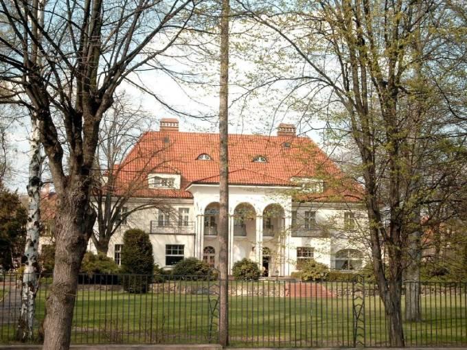 Willa na Tarninowie w której mieszkał generał Wiktor Dubinin. 2009 rok. Zdjęcie LAC