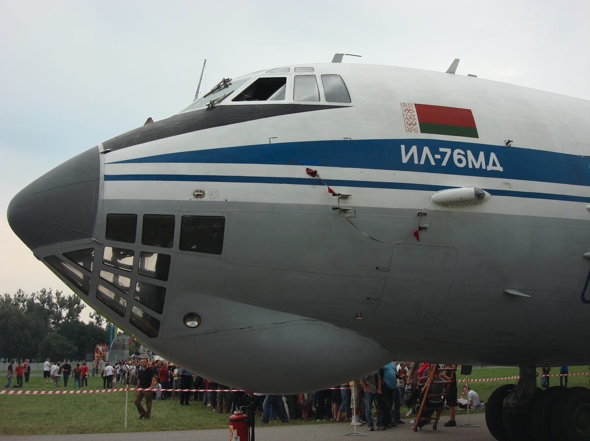 Iliuszyn Ił-76 MD nb EW 005 DE Białoruś. 2009 rok. Zdjęcie Karol Placha Hetman
