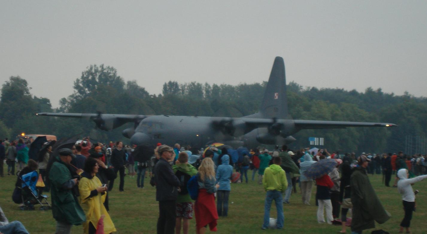 Lockheed C-130 nb 1501 during the Air Show. Radom 2009-08-29. Photo by Karol Placha Hetman