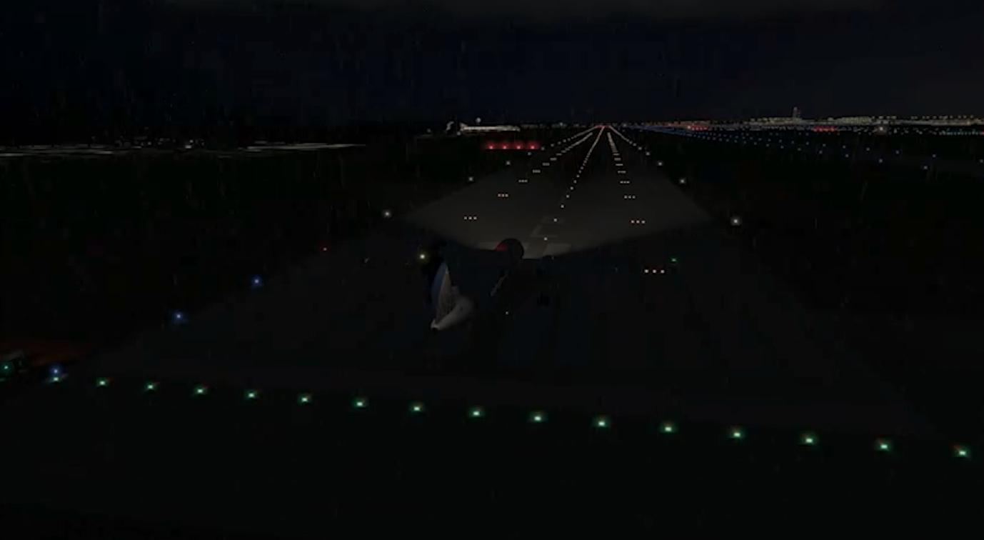 Oświetlenie drogi startowej. 2012 rok. Zdjęcie Karol Placha Hetman