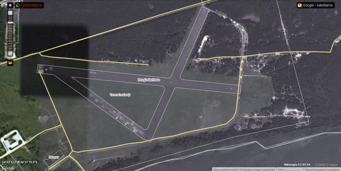 Lotnisko Wicko Morskie, pole wzlotów. 2013r. Zdjęcie Wikimapia
