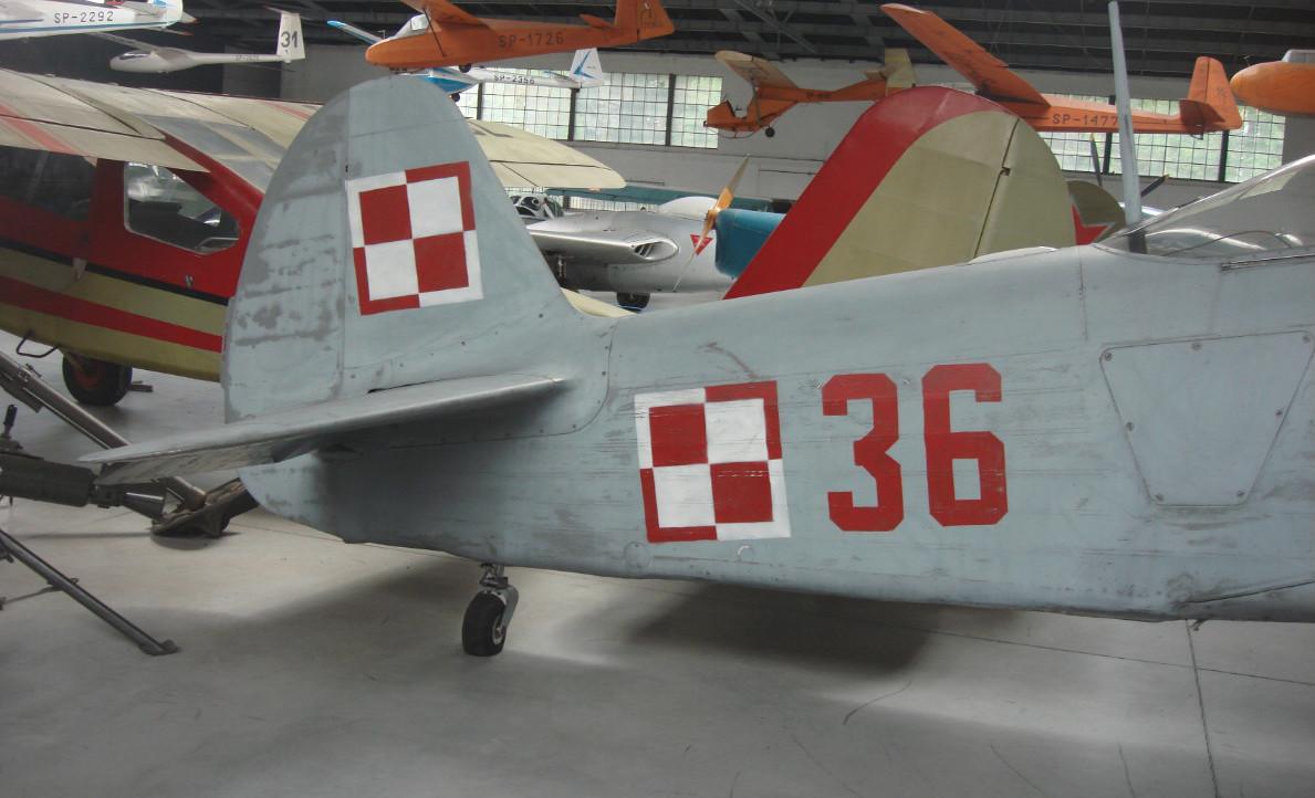 Samolot szkolno-reningowy Jak-11 Nb 36 Nr 64236, MLP-Kraków. 2015r. Zdjęcie Karol Placha Hetman