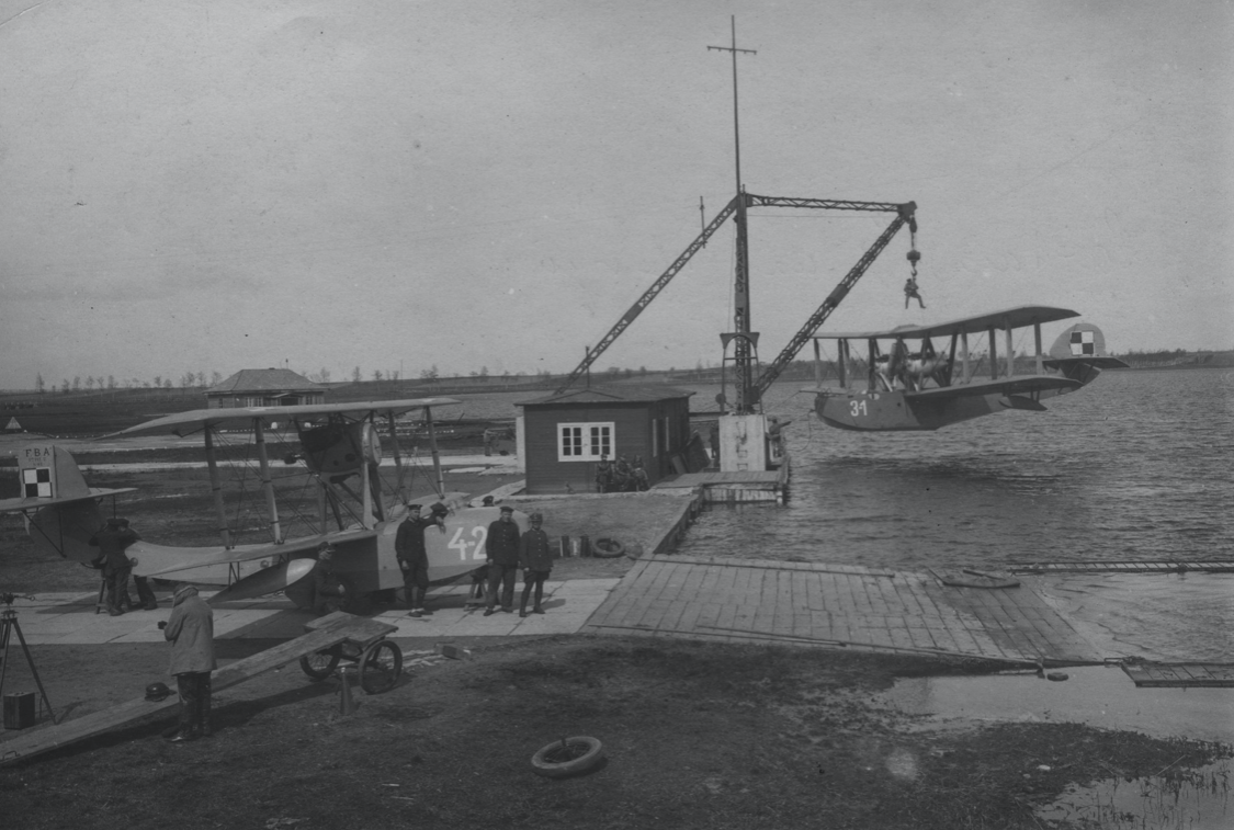 Base in Puck. 1928 year. Photo of LAC