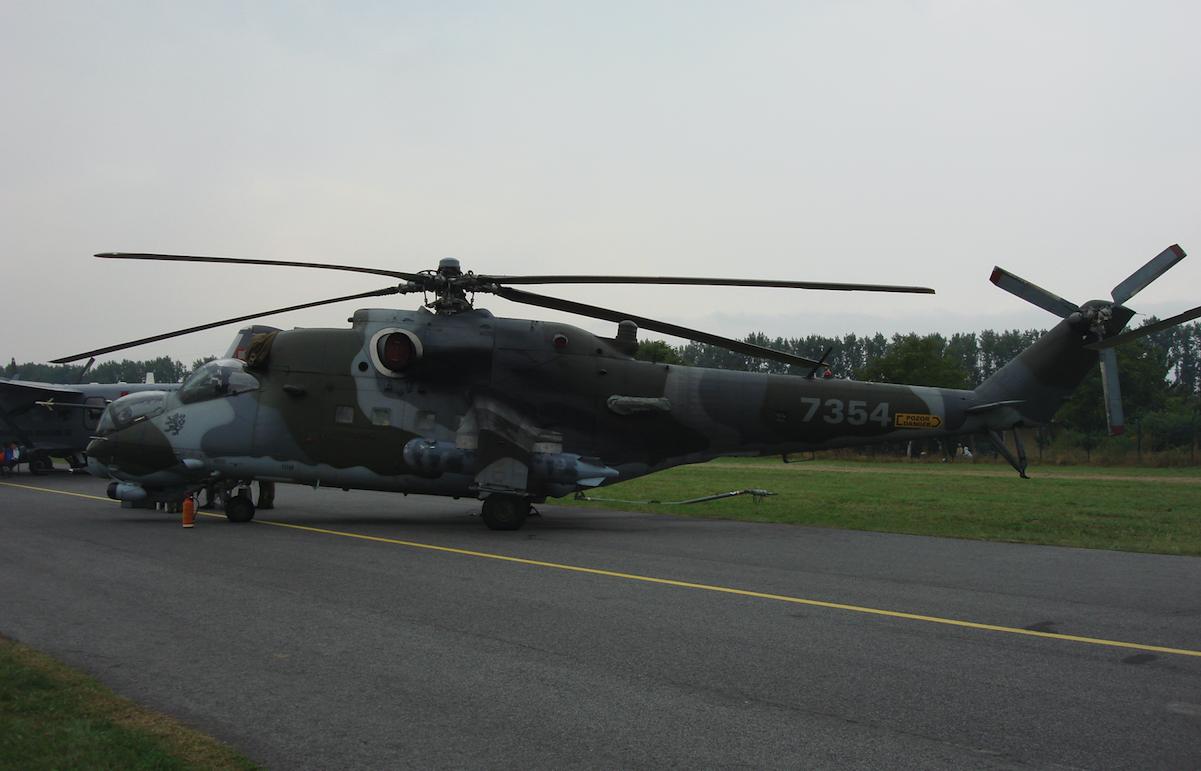 Czechy Mil Mi-24 Nb 7354. 2009 rok. Zdjęcie Karol Placha Hetman