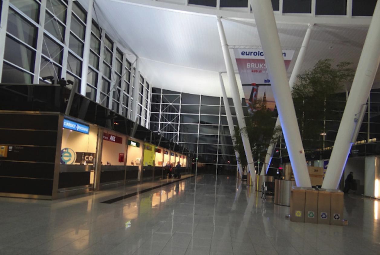 Nowy terminal we Wrocławiu. 2014 rok. Zdjęcie Karol Placha Hetman