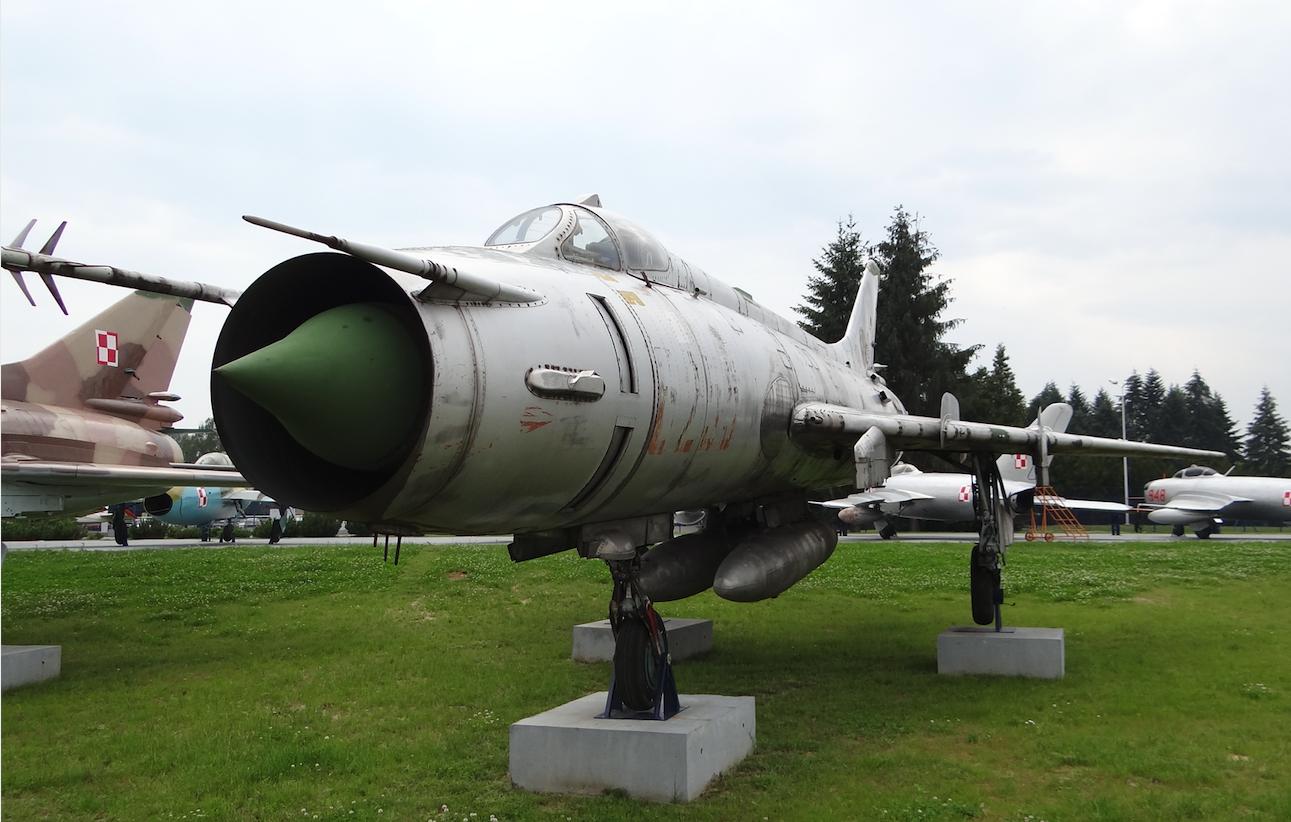 Su-20 nb 6255. Dęblin 2012 rok. Zdjęcie Karol Placha Hetman