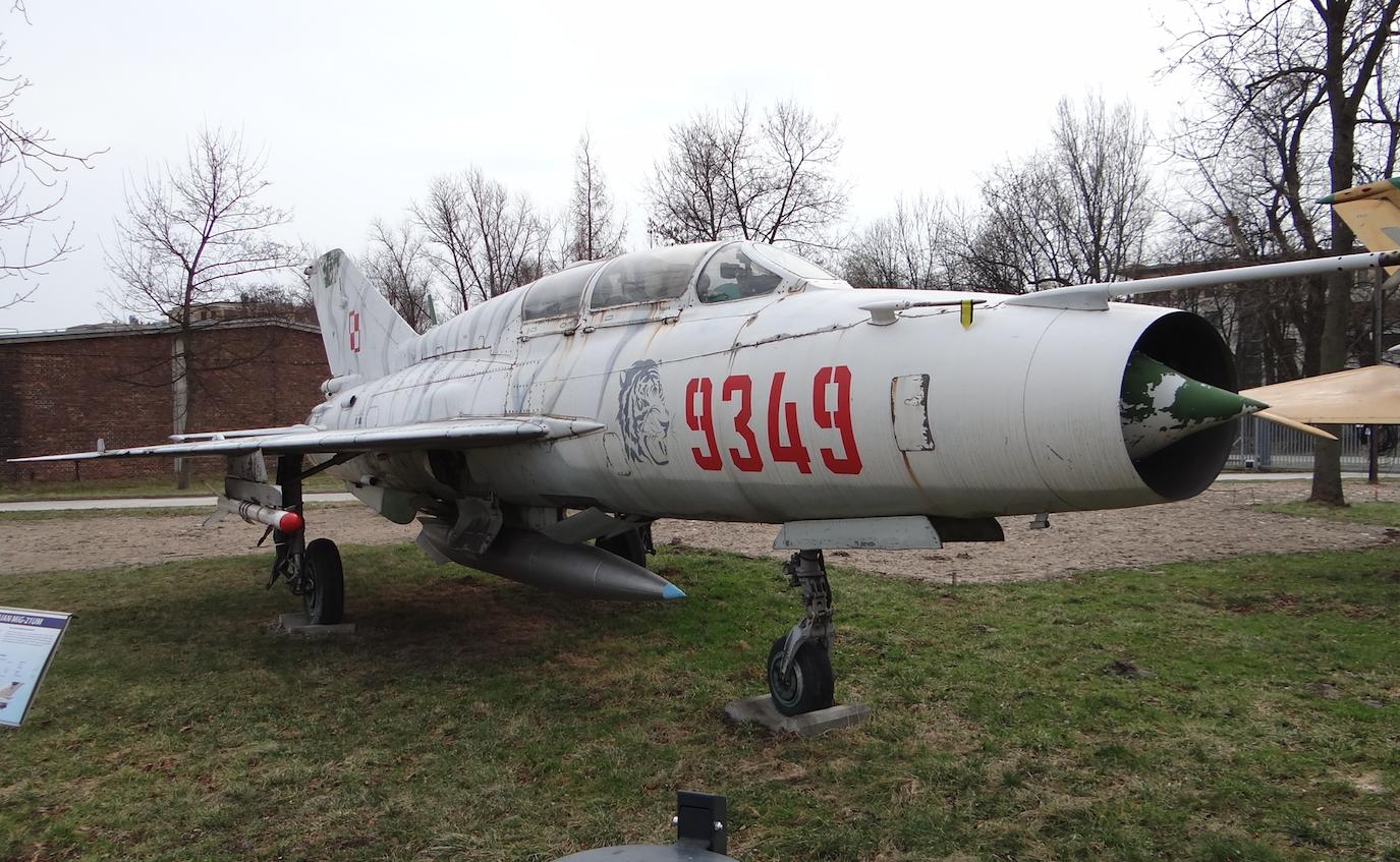 MiG-21 UM nb 9349. Czyżyny 2017 rok. Zdjęcie Karol Placha Hetman