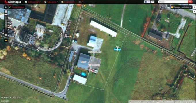 Lotnisko Elbląg. Aeroklub Elbląski 2013r. Zdjęcie Wikimapia